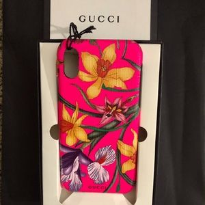 NWT~GUCCI~RARE Hot Pink Flora iPhone X/XS Case